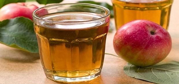 أكل التفاح وشرب الشاي يوميا يحميان من السرطان وأمراض القلب